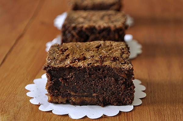dulce-de-leche-brownies-photo2