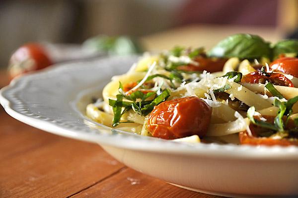 pasta-me-tomatinia-photo2