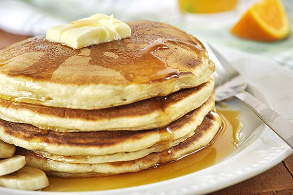 Φουσκωτά pancakes με γιαούρτι/Fluffy yogurt pancakes