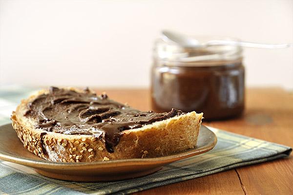 Σπιτική πραλίνα φουντουκιού/Homemade nutella