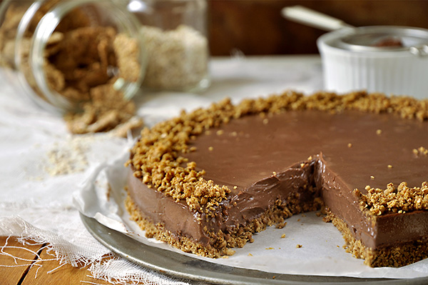 Τούρτα με σοκολάτα, γιαούρτι & δημητριακά/Chocolate yogurt & cereal torte