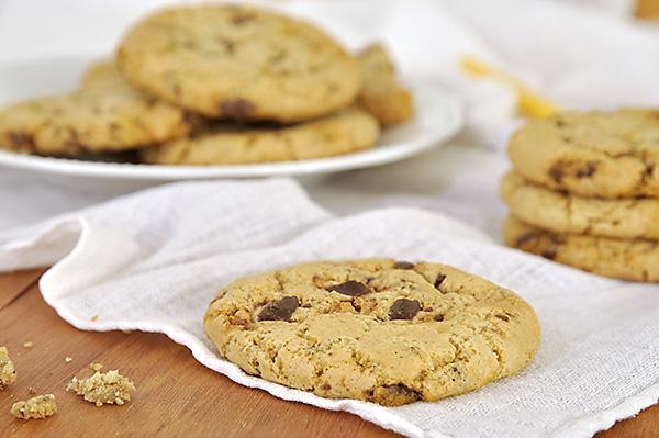 Cookies με ελαιόλαδο και σοκολάτα/Olive oil chocolate chip cookies
