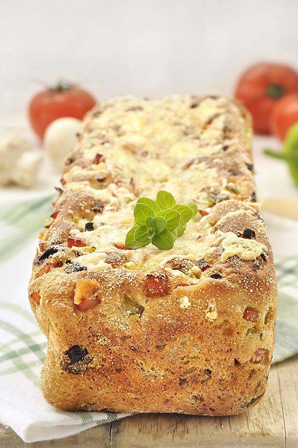 Ψωμί με γεύση πίτσας χωρίς ζύμωμα/No knead pizza bread