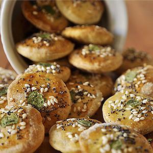 crackers-photo1sq