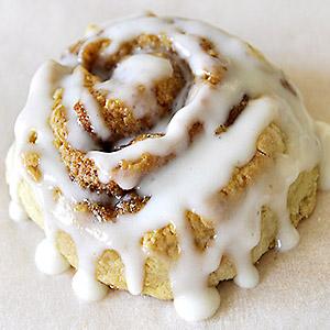 no-yeast-cinnamon-rolls-photo1sq